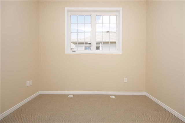 Condo Townhouse at 180 Howden Blvd, Unit 58, Brampton, Ontario. Image 4