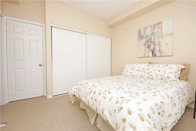 Condo Townhouse at 180 Howden Blvd, Unit 58, Brampton, Ontario. Image 6