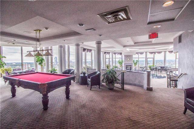 Condo Apartment at 45 Kingsbridge Garden Circ, Unit Uph1, Mississauga, Ontario. Image 13