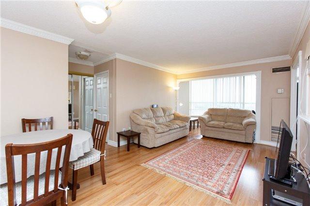 Condo Apartment at 50 Kingsbridge Garden Circ, Unit 1609, Mississauga, Ontario. Image 15
