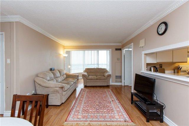 Condo Apartment at 50 Kingsbridge Garden Circ, Unit 1609, Mississauga, Ontario. Image 16