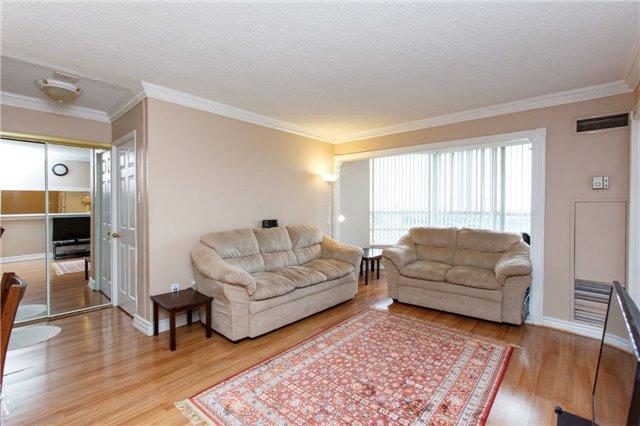 Condo Apartment at 50 Kingsbridge Garden Circ, Unit 1609, Mississauga, Ontario. Image 17