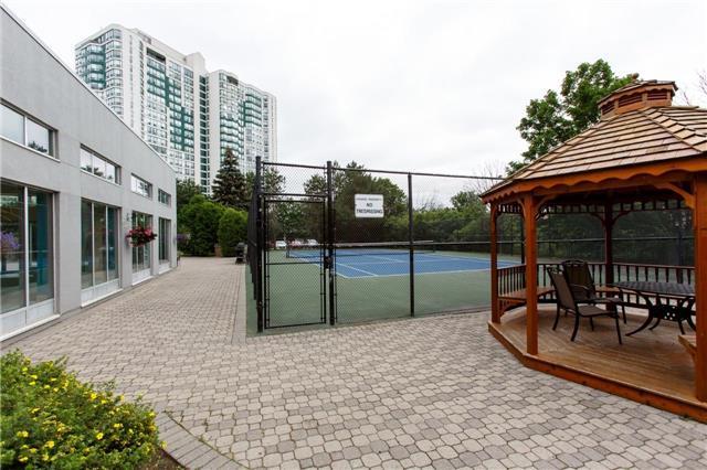 Condo Apartment at 50 Kingsbridge Garden Circ, Unit 1609, Mississauga, Ontario. Image 9