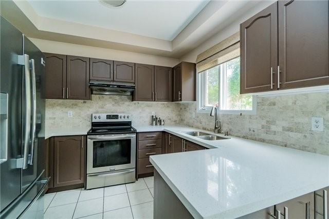 Detached at 336 Barondale Dr, Mississauga, Ontario. Image 16