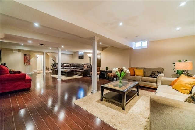 Detached at 336 Barondale Dr, Mississauga, Ontario. Image 17