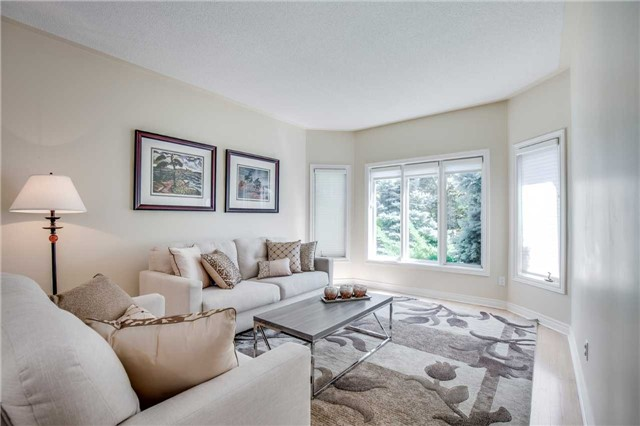 Detached at 1329 Stonecutter Dr, Oakville, Ontario. Image 14