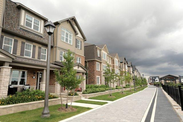Townhouse at 3045 George Savage Ave, Unit 6, Oakville, Ontario. Image 4