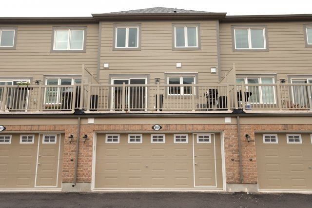 Townhouse at 3045 George Savage Ave, Unit 6, Oakville, Ontario. Image 7