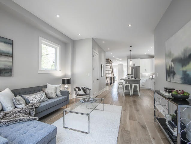 Detached at 347 Pacific Ave, Toronto, Ontario. Image 15
