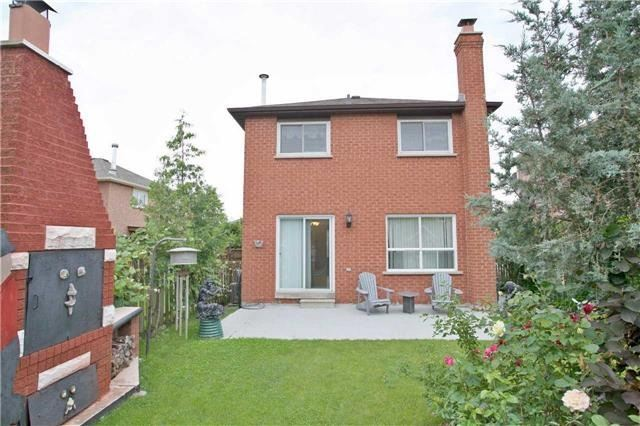 Detached at 4707 Rosebush Rd, Mississauga, Ontario. Image 13