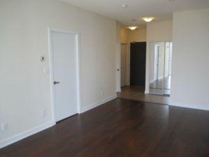 Condo Apartment at 4070 Confederation Pkwy, Unit 2807, Mississauga, Ontario. Image 2