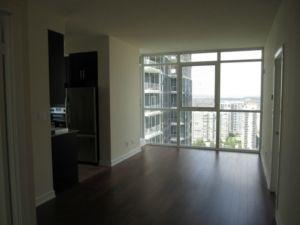 Condo Apartment at 4070 Confederation Pkwy, Unit 2807, Mississauga, Ontario. Image 3
