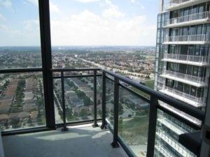 Condo Apartment at 4070 Confederation Pkwy, Unit 2807, Mississauga, Ontario. Image 6