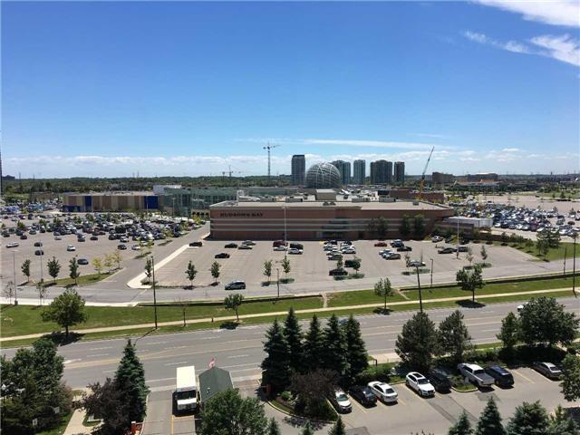 Condo Apartment at 2565 Erin Centre Blvd, Unit 1006, Mississauga, Ontario. Image 8