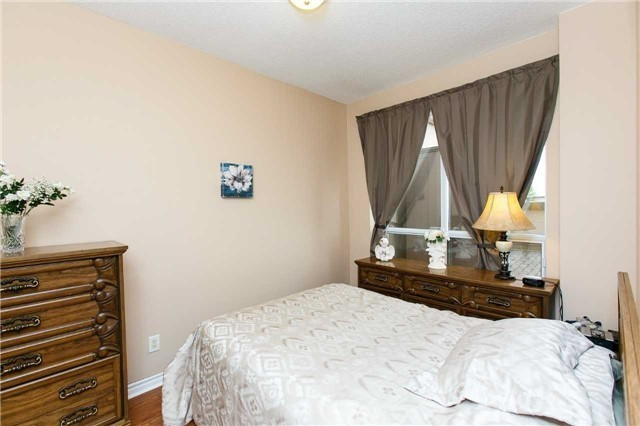 Condo Apartment at 25 Kingsbridge Garden Circ, Unit 224, Mississauga, Ontario. Image 3