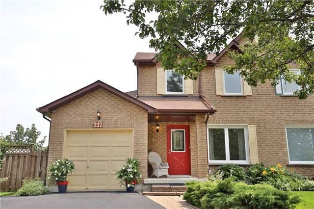 Semi-detached at 212 Ross Lane, Oakville, Ontario. Image 1