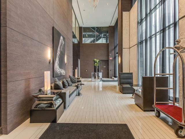 Condo Apartment at 33 Shore Breeze Dr, Unit 3403, Toronto, Ontario. Image 12