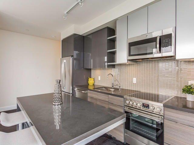 Condo Apartment at 33 Shore Breeze Dr, Unit 3403, Toronto, Ontario. Image 2