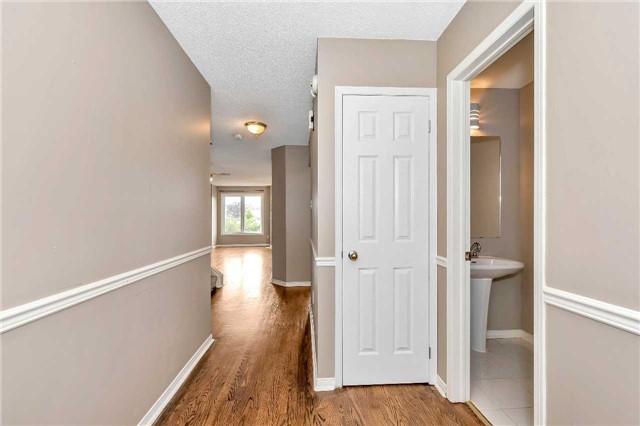 Condo Townhouse at 2215 Cleaver Ave, Unit 19, Burlington, Ontario. Image 19