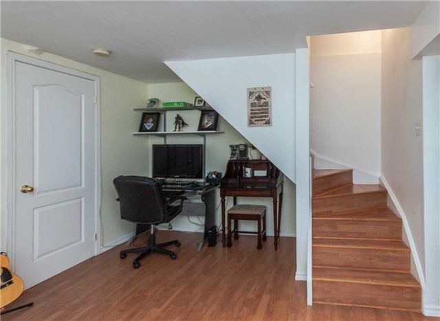 Condo Townhouse at 1292 Sherwood Mills Blvd E, Unit 105, Mississauga, Ontario. Image 7
