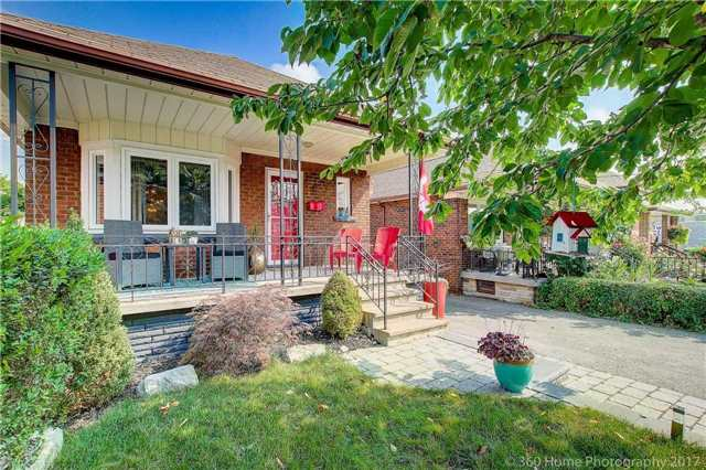 Detached at 22 Schell Ave, Toronto, Ontario. Image 12