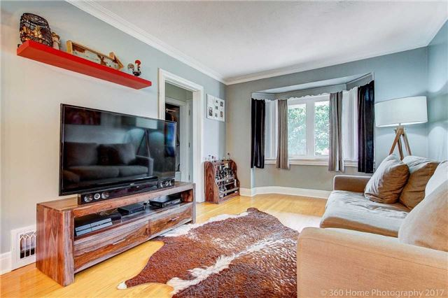 Detached at 22 Schell Ave, Toronto, Ontario. Image 14