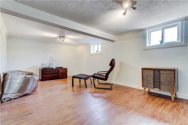 Detached at 22 Schell Ave, Toronto, Ontario. Image 7