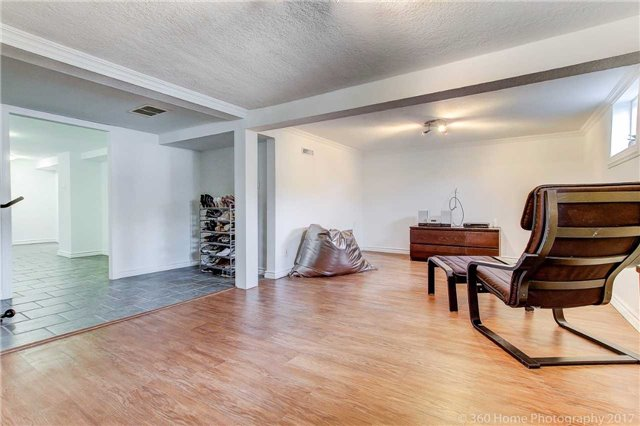 Detached at 22 Schell Ave, Toronto, Ontario. Image 8
