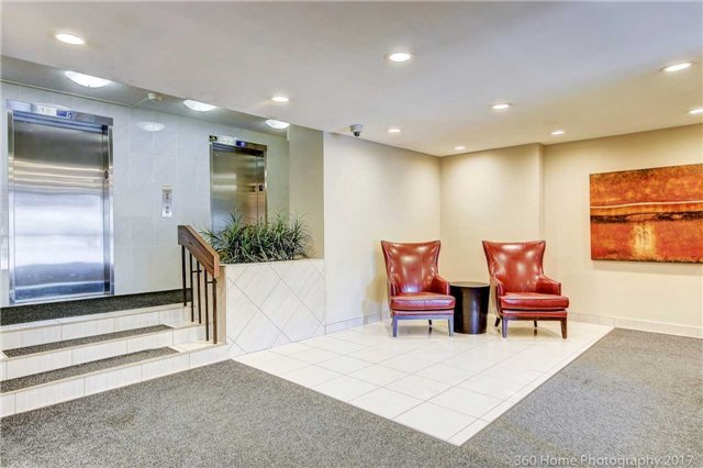 Condo Apartment at 2665 Windwood Dr, Unit 201, Mississauga, Ontario. Image 13