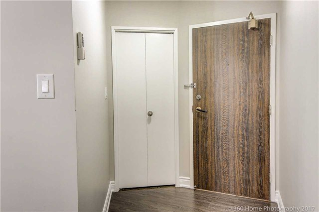 Condo Apartment at 2665 Windwood Dr, Unit 201, Mississauga, Ontario. Image 15
