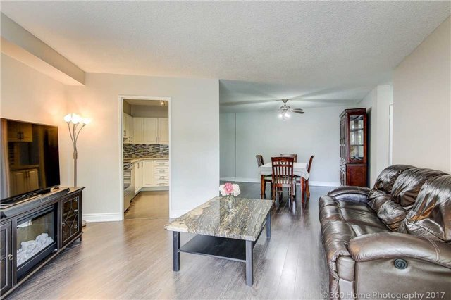 Condo Apartment at 2665 Windwood Dr, Unit 201, Mississauga, Ontario. Image 16