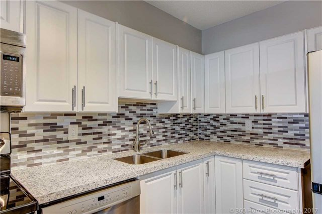 Condo Apartment at 2665 Windwood Dr, Unit 201, Mississauga, Ontario. Image 5