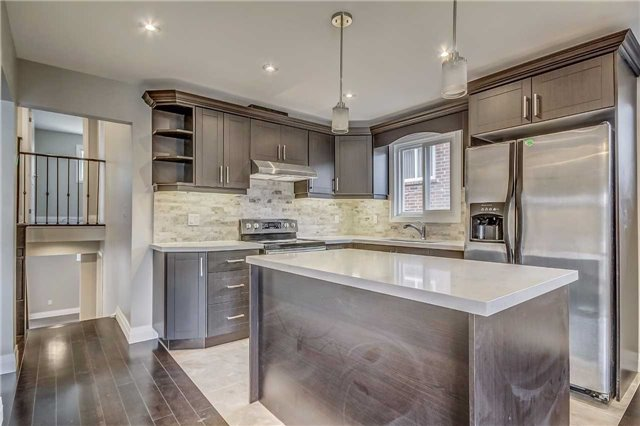 Semi-detached at 7299 Sigsbee Dr, Mississauga, Ontario. Image 17