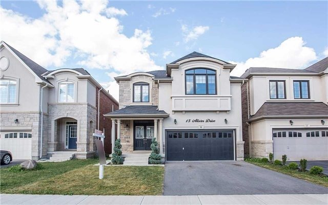 Detached at 15 Alister Dr, Brampton, Ontario. Image 1