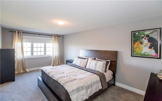 Detached at 15 Alister Dr, Brampton, Ontario. Image 7