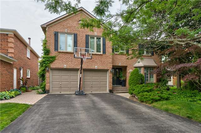 Detached at 1492 Tanner Crt, Oakville, Ontario. Image 1