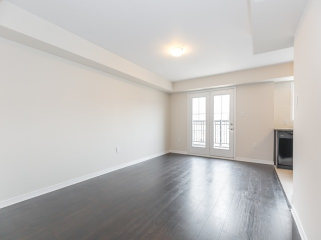 Condo Townhouse at 2441 Greenwich Dr, Unit 121, Oakville, Ontario. Image 12