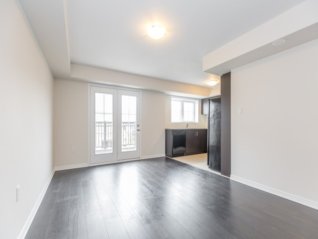 Condo Townhouse at 2441 Greenwich Dr, Unit 121, Oakville, Ontario. Image 14