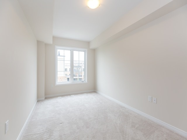 Condo Townhouse at 2441 Greenwich Dr, Unit 121, Oakville, Ontario. Image 6