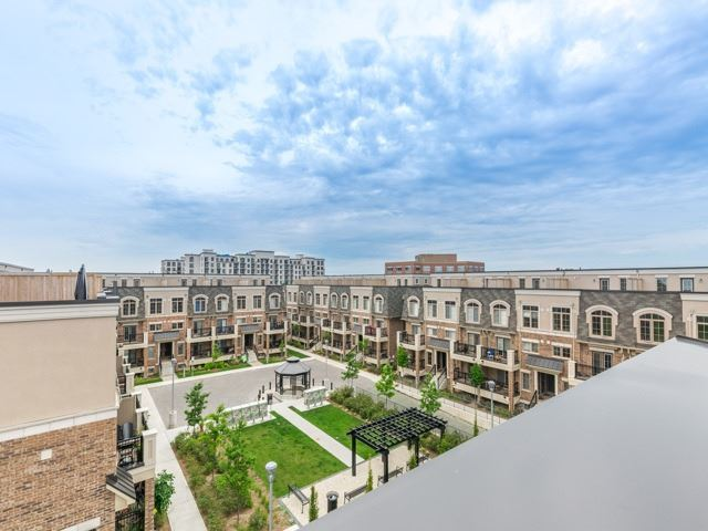 Condo Townhouse at 2441 Greenwich Dr, Unit 121, Oakville, Ontario. Image 13