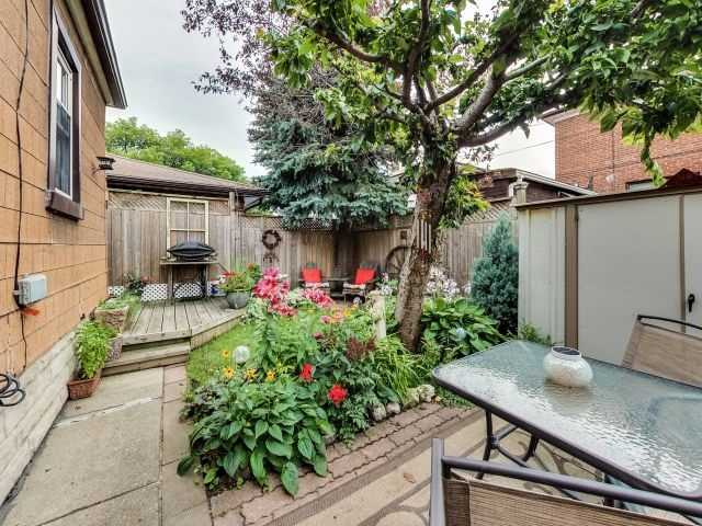 Detached at 103 Holwood Ave, Toronto, Ontario. Image 9