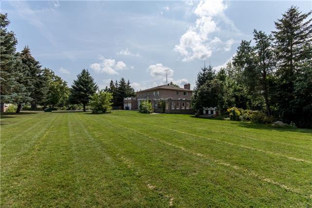 Detached at 12420 Old Kennedy Rd, Caledon, Ontario. Image 10