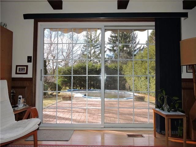 Detached at 350 Chartwell Rd, Oakville, Ontario. Image 16