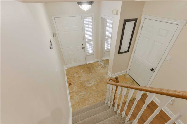 Condo Townhouse at 3100 Fifth Line West Line, Unit 12, Mississauga, Ontario. Image 13
