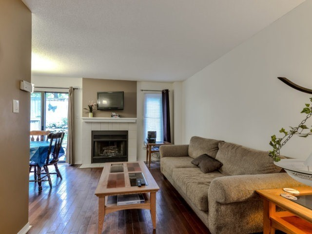 Condo Townhouse at 3100 Fifth Line West Line, Unit 12, Mississauga, Ontario. Image 14