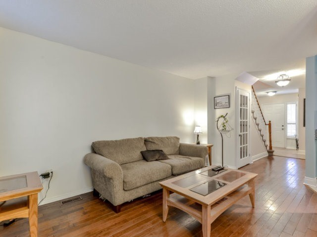Condo Townhouse at 3100 Fifth Line West Line, Unit 12, Mississauga, Ontario. Image 15