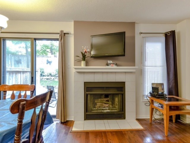 Condo Townhouse at 3100 Fifth Line West Line, Unit 12, Mississauga, Ontario. Image 17