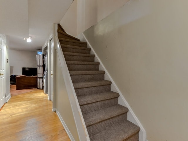 Condo Townhouse at 3100 Fifth Line West Line, Unit 12, Mississauga, Ontario. Image 8