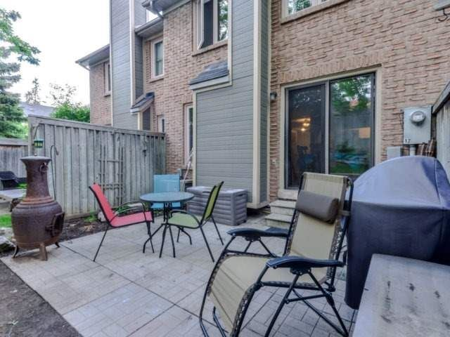 Condo Townhouse at 3100 Fifth Line West Line, Unit 12, Mississauga, Ontario. Image 10