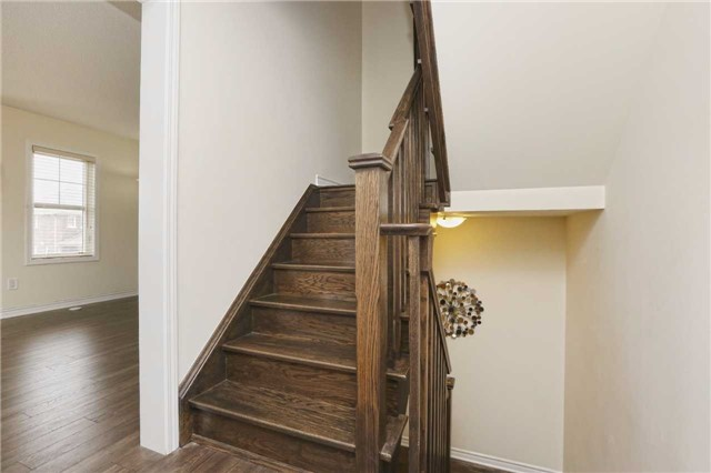 Townhouse at 2 Allium Rd, Brampton, Ontario. Image 13